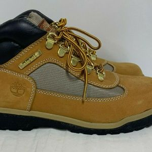 TIMBERLAND Junior's Field Boots Size 5 New!